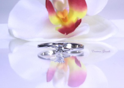 Anello Solitario diamante 26  €     430,00