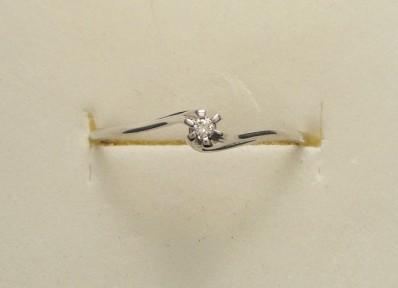 Anello Solitario diamante 15     €  194,00